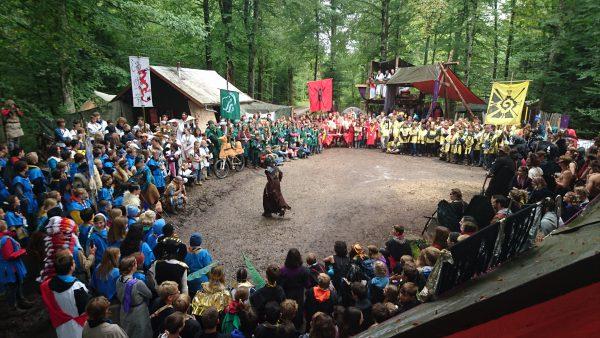 Cérémonie d'ouverture, les différents peuples, hordes et Chamans se présentent